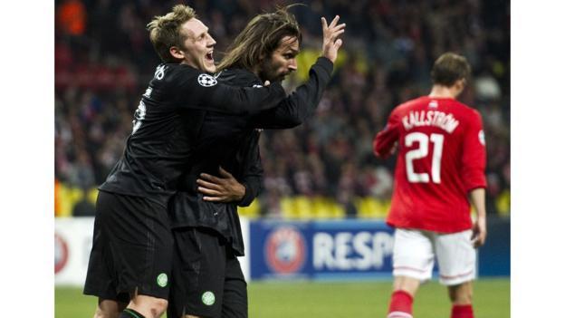 Celtic striker Georgios Samaras celebrates his winning goal with Kris Commons