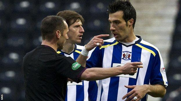 Manuel Pascali was sent off early in Kilmarnock's 2-1 defeat to St Johnstone
