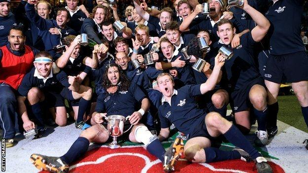 Varsity: Oxford University 26-19 Cambridge University