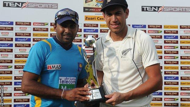 Sri Lanka's Mahela Jayawardene and New Zealand's Ross Taylor
