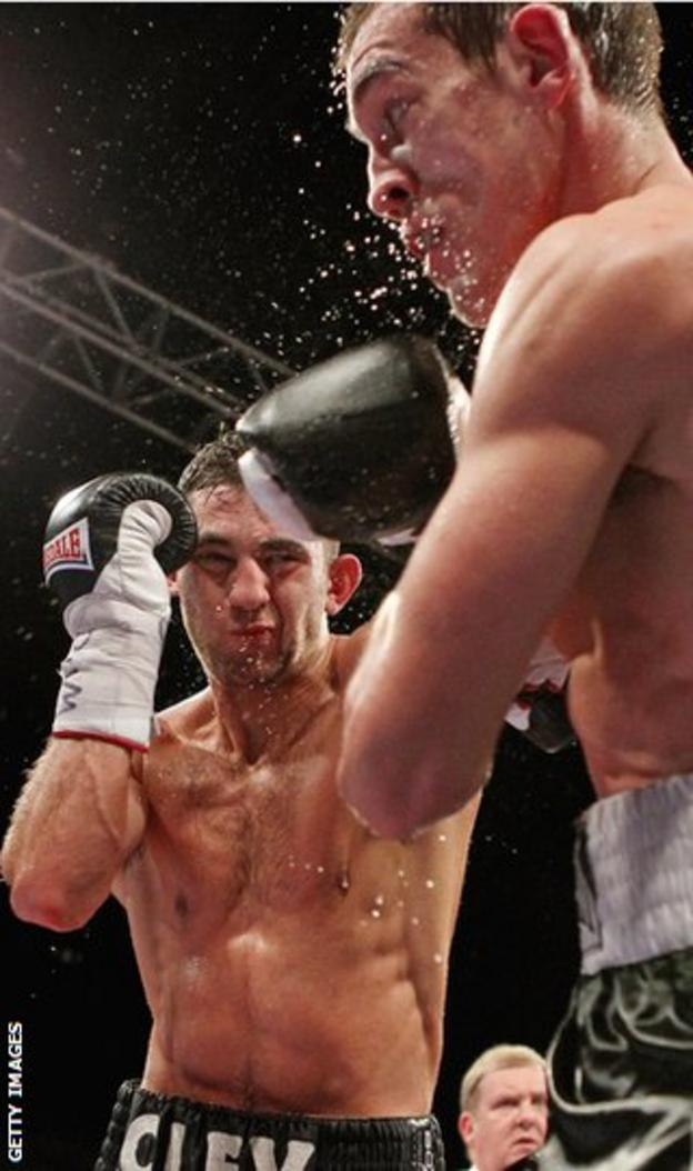 Nathan Cleverly takes charge against Tommy Karpency