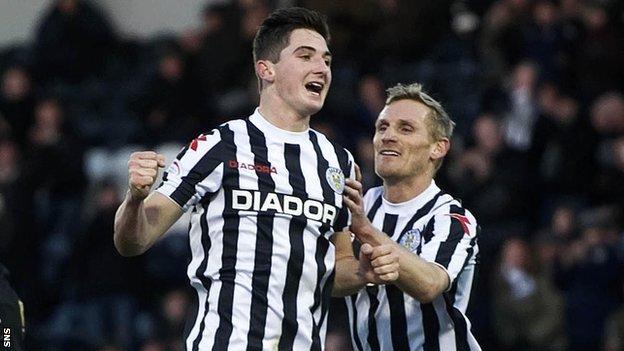 McLean celebrates a goal with St Mirren team-mate Gary Teale