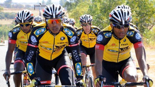 Tsgabu Grmay (far right)