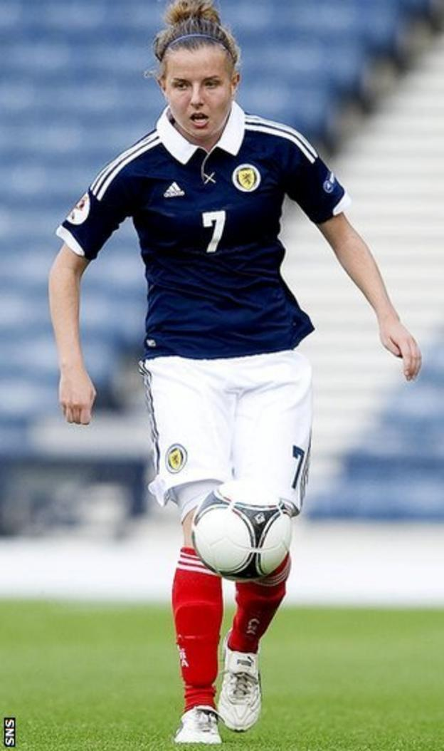 Hayley Lauder in action for Scotland
