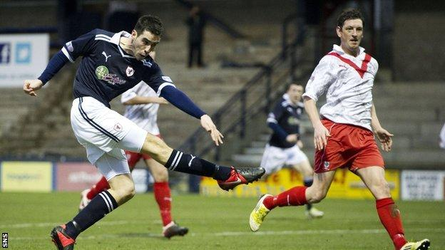Brian Graham fires Raith Rovers into the lead