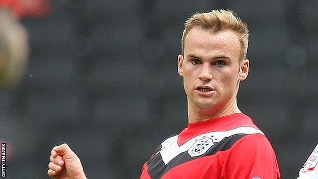 Huddersfield forward Kallum Higginbotham