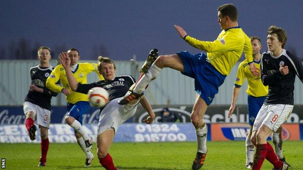 Martin Hardie hammers in the only goal at the Falkirk Stadium