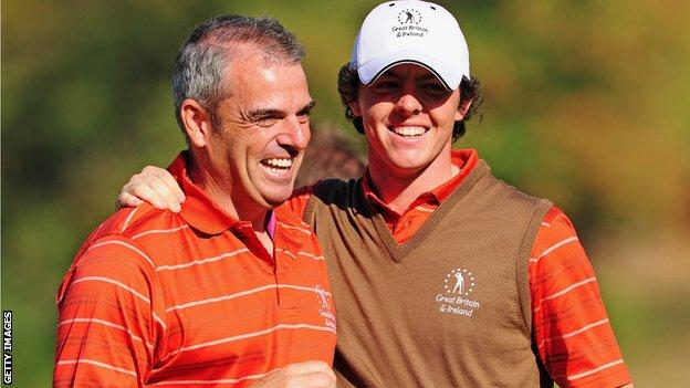 Paul McGinley (l) and Rory McIlroy