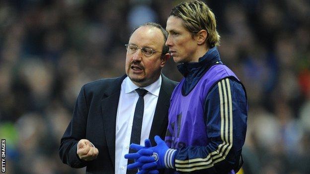 Interim Chelsea boss Rafael Benitez and striker Fernando Torres