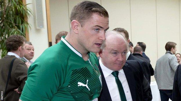 Declan Kidney and Ireland captain Jamie Heaslip at Wednesday's Six Nations launch in London