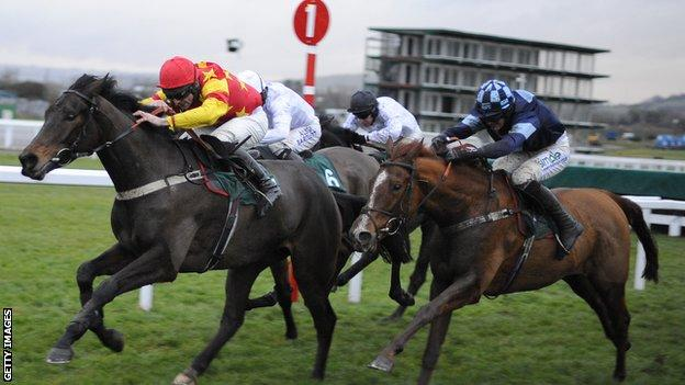 Nick Scholfield riding Melodic Rendezvous (right)