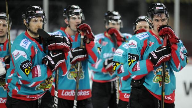 Dejected Belfast Giants players after the 6-2 defeat by the Braehead Clan in the Elite League