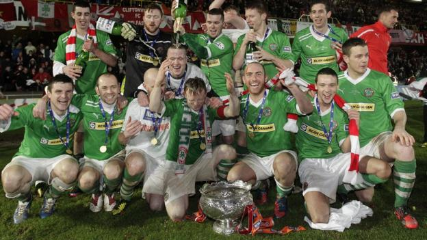 Cliftonville celebrate after winning the League Cup for the second time in the club's history