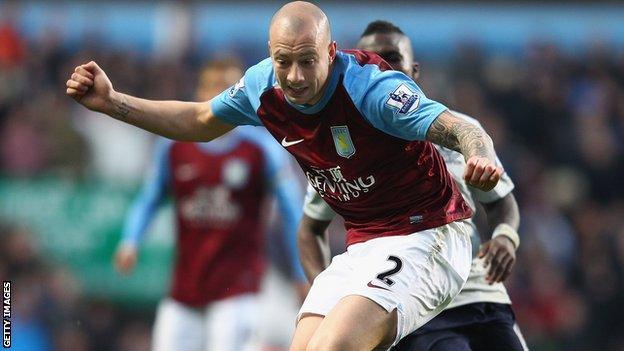 Aston Villa defender Alan Hutton