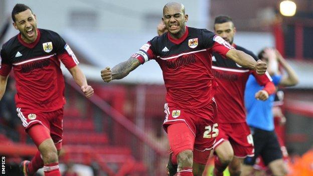 Bristol City's Marvin Elliott celebrates his goal to make it 2-0 against Nottingham Forest