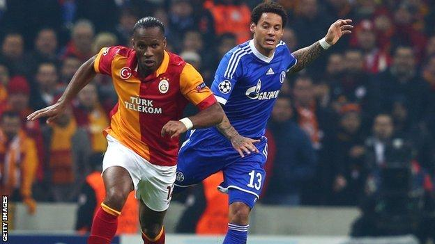 Didier Drogba playing for Galatsaray against Schalke