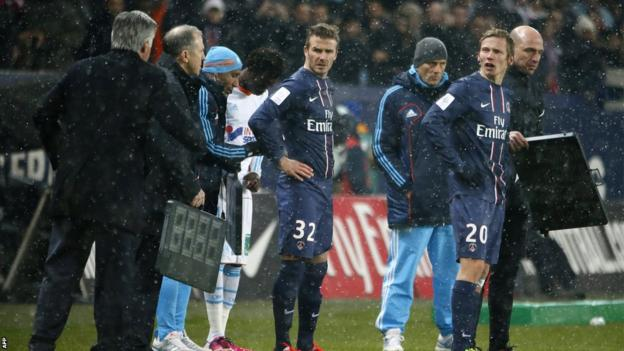 David Beckham's debut in the 76th minute was met by a rousing reception from the partisan Parc des Princes crowd