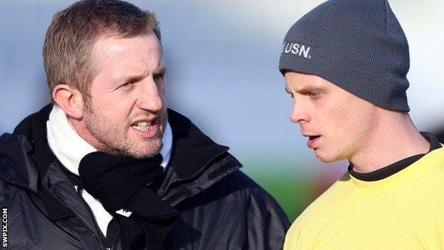Widnes Vikings head coach Denis Betts and half-back Kevin Brown
