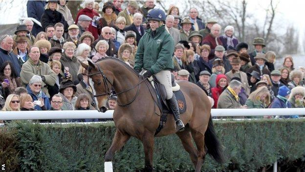 Rider Laura Collett and Kauto Star at Newbury