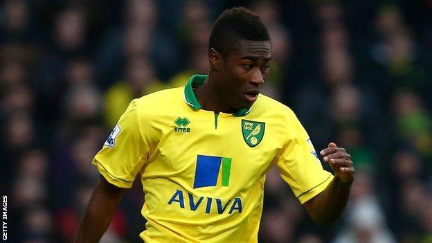Norwich City midfielder Alexander Tettey