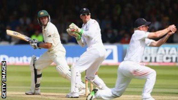 Paul Collingwood catches Mike Hussey during the 2009 Ashes