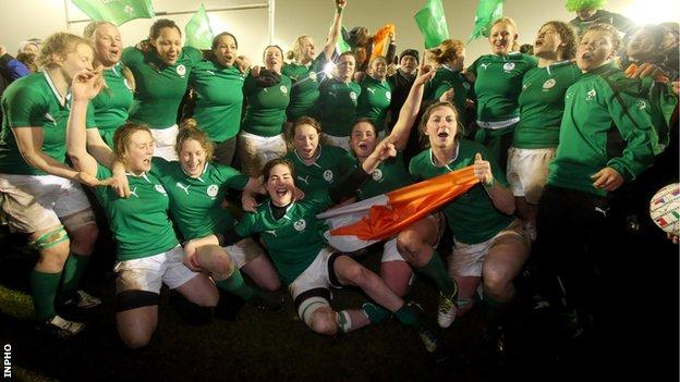 Ireland celebrated a 15-10 win over France