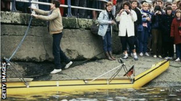 The Cambridge boat came off worse in a collision with a barge in 1984