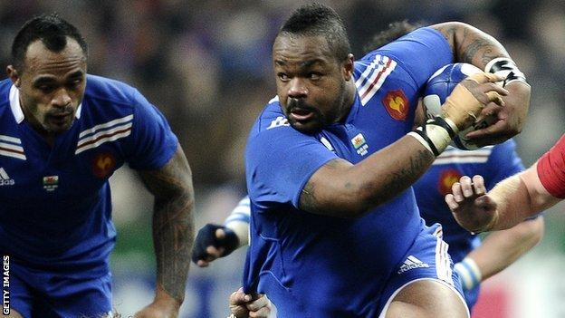 Mathieu Bastareaud on the charge against France