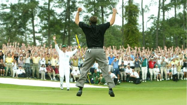 Phil Mickelson wins the 2004 Masters