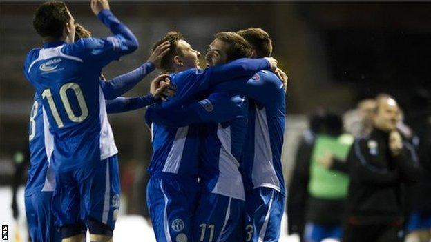 Queen of the South wrapped up the title in style