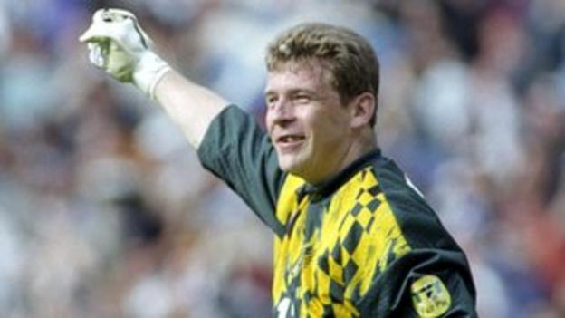 Rangers and Scotland goalkeeper Andy Goram