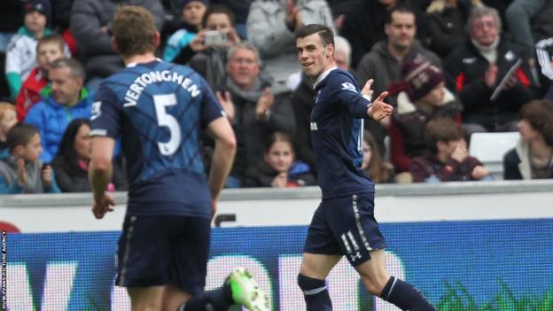 Gareth Bale celebrates after putting Spurs 2-0 up at Swansea City