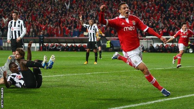 Rodrigo celebrates for Benfica