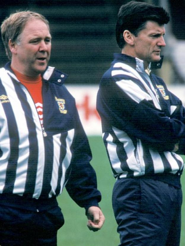 Craig Brown is assistant to Scotland boss Andy Roxburgh (right)