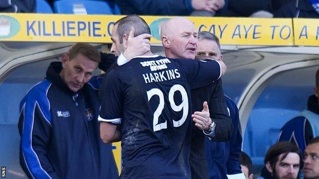 Dundee manager John Brown and Gary Harkins