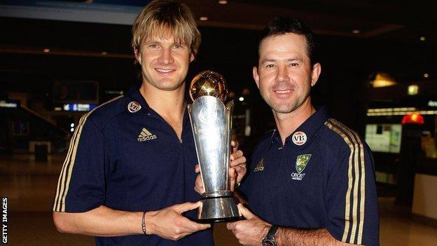 Shane Watson and Ricky Ponting after Australia's Champions Trophy win in 2009
