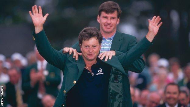 Nick Faldo presents Ian Woosnam with the Green Jacket