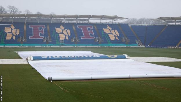 Rain affected play on the second day of Glamorgan's opening County Championship match of the season against Northants at the Swalec Stadium in Cardiff.