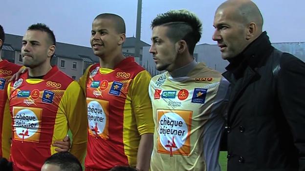 Zidane with the Rodez Aveyron team
