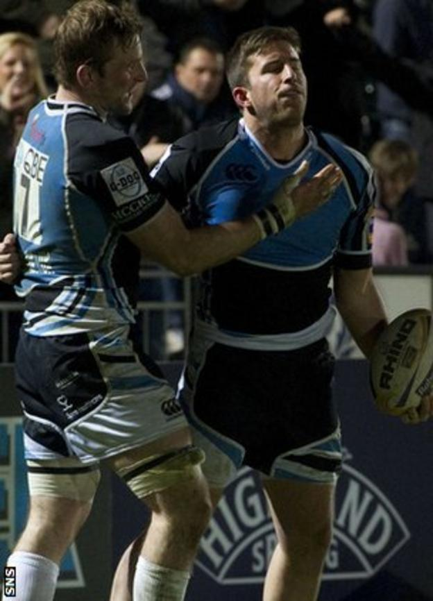 DTH van der Merwe (right) added a last-minute try for Glasgow