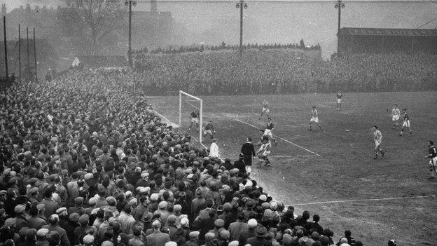 St George's Lane (Worcester City v Liverpool, January 1959)