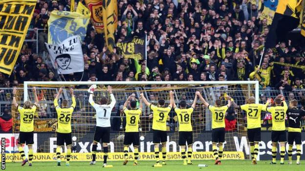 Dortmund's players in front of the south stand