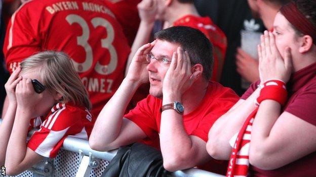 Bayern Munich fans in despair