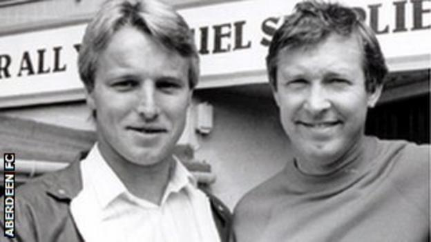 Frank McDougall and Sir Alex Ferguson