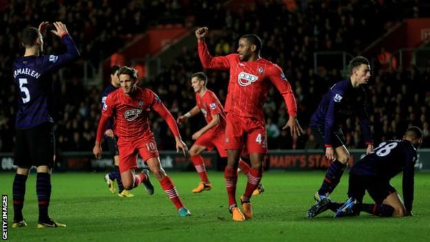 Gaston Ramirez scores for Southampton against Arsenal