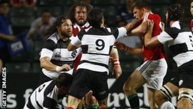 Barbarians v Lions