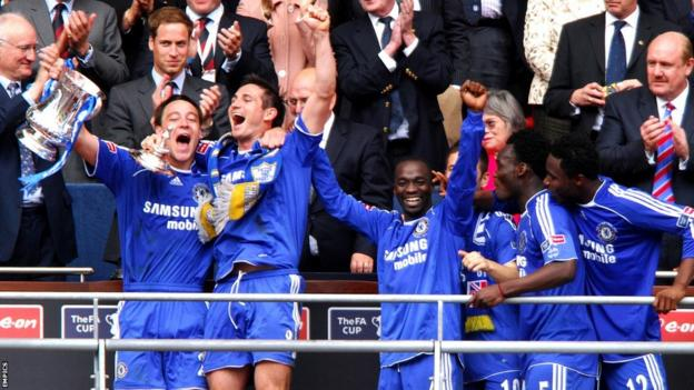 John Terry and Frank Lampard lift the 2007 FA Cup