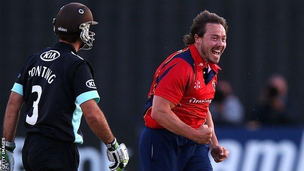 Graham Napier celebrates after bowling Ricky Ponting