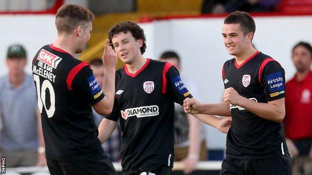 Michael Duffy (right) celebrates his Derry winner at Tolka Park