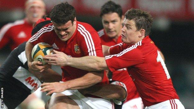 Jamie Roberts (left) and Brian O'Driscoll in action for the Lions in 2009